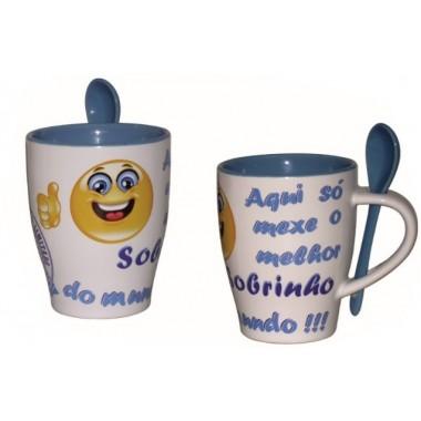 """Caneca com colher Emoji / Smile -  """"Sobrinho"""" - """"Sobrinha"""""""