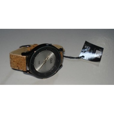Relógio com bracelete de cortiça